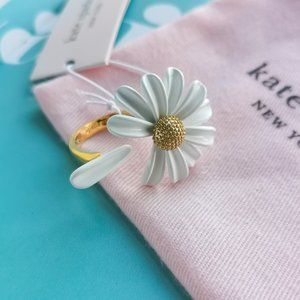 Kate Into the Bloom daisy flower open ring Size 7